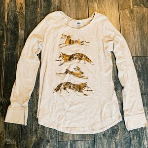 Other - Old Navy cream long sleeve too with bronze animals